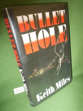 Book cover ofBullet Hole