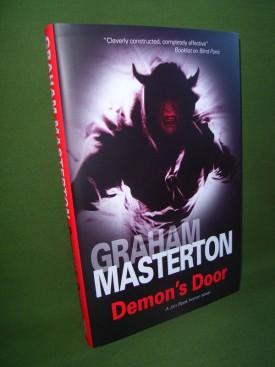Book cover ofDemon's Door