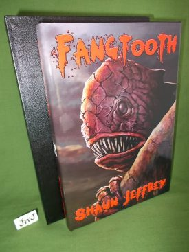 Book cover ofFangtooth Deluxe