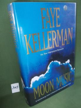 Book cover ofMoon Music