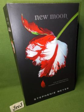 Book cover ofNew Moon