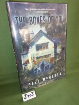 Book cover ofThe Bones of You