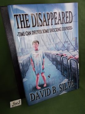 Book cover ofThe Disappeared Deluxe