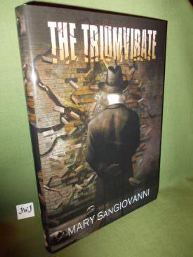 Book cover ofThe Triumvirate