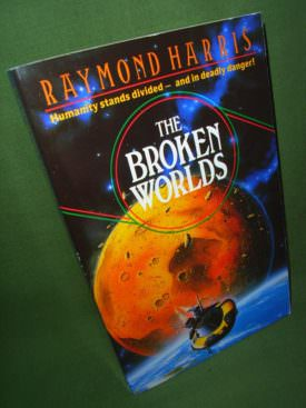 Book cover ofThe Broken Worlds