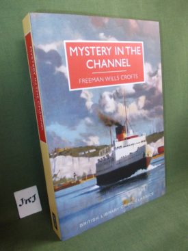 Book cover ofMystery in the Channel