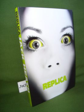 Book cover ofReplica