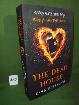 Book cover ofThe Dead House