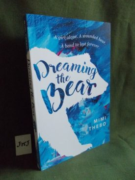 Book cover ofDreaming The Bear