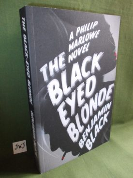 Book cover ofThe Black Eyed Blonde