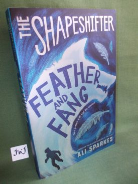 Book cover ofFeather and Fang