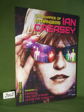 Book cover ofThe Shapes of Strangers PB