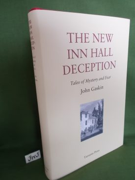 Book cover ofThe New In Hall Deception