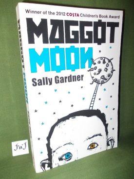 Book cover ofMaggot Moon