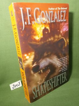 Book cover ofShapeshifter