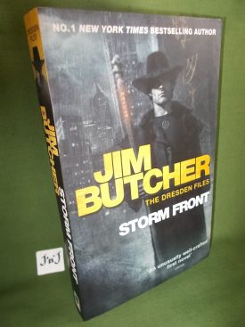 Book cover ofStorm Front