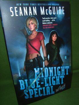 Book cover ofMidnight Blue Light