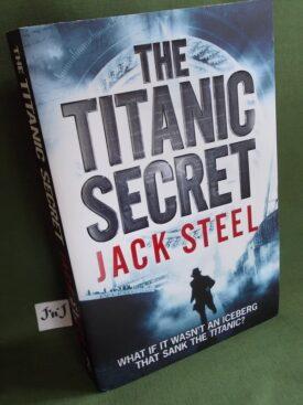 Book cover ofThe Titanic Secret