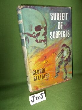 Book cover ofSurfeit of Suspects 1
